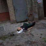 Dead man in Sloviansk, killed by shelling